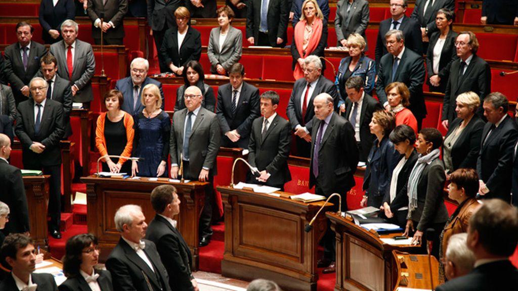 Luto en el parlamento francés