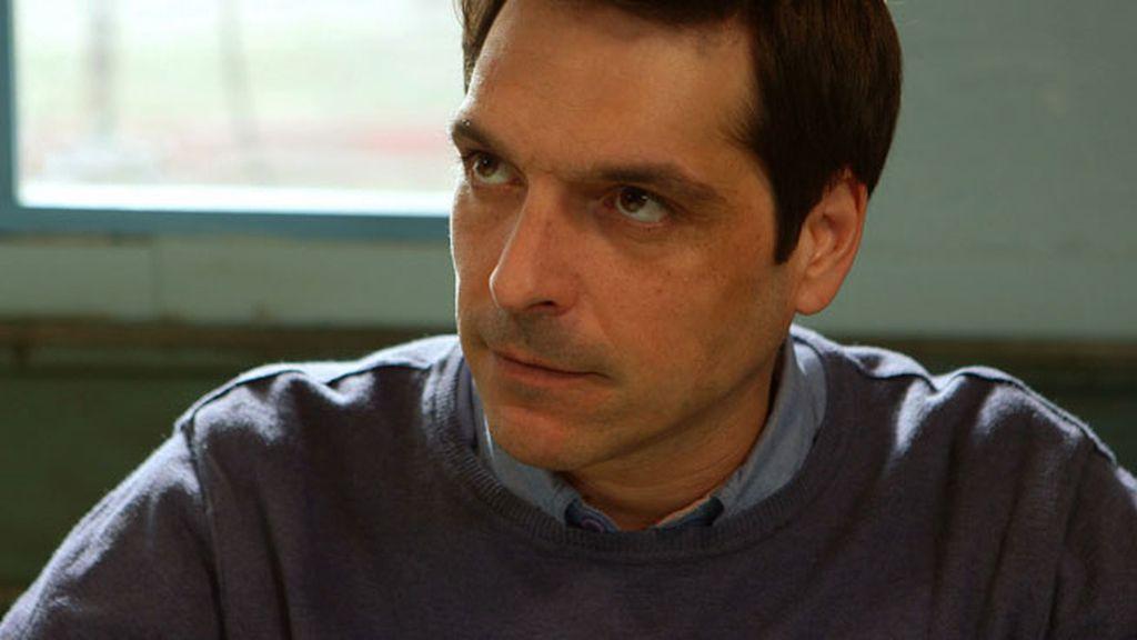 El episodio incluye la actuación musical de Carlos Weimberg