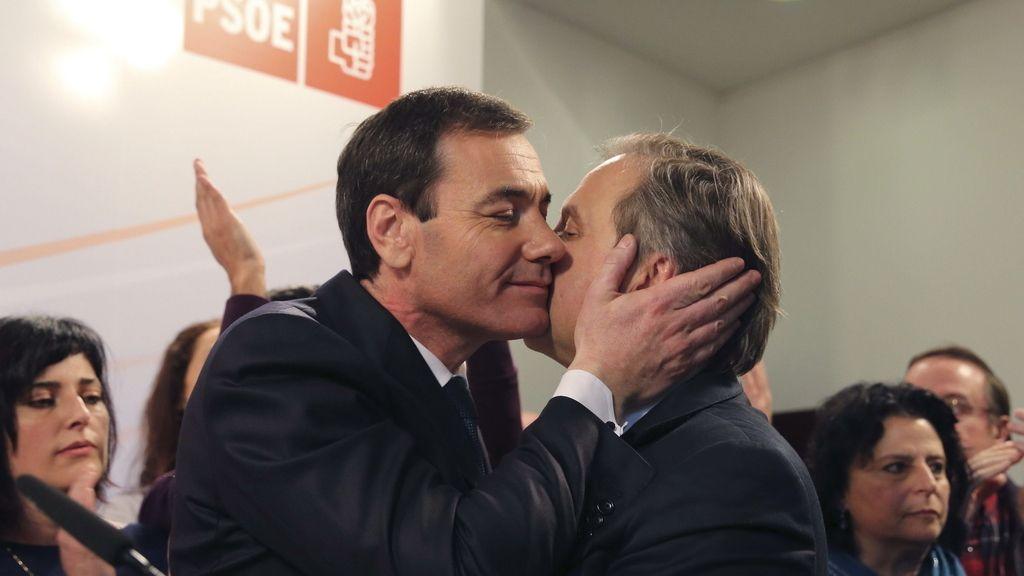 Carmona apoya a Tomás Gómez tras conocerse su destitución