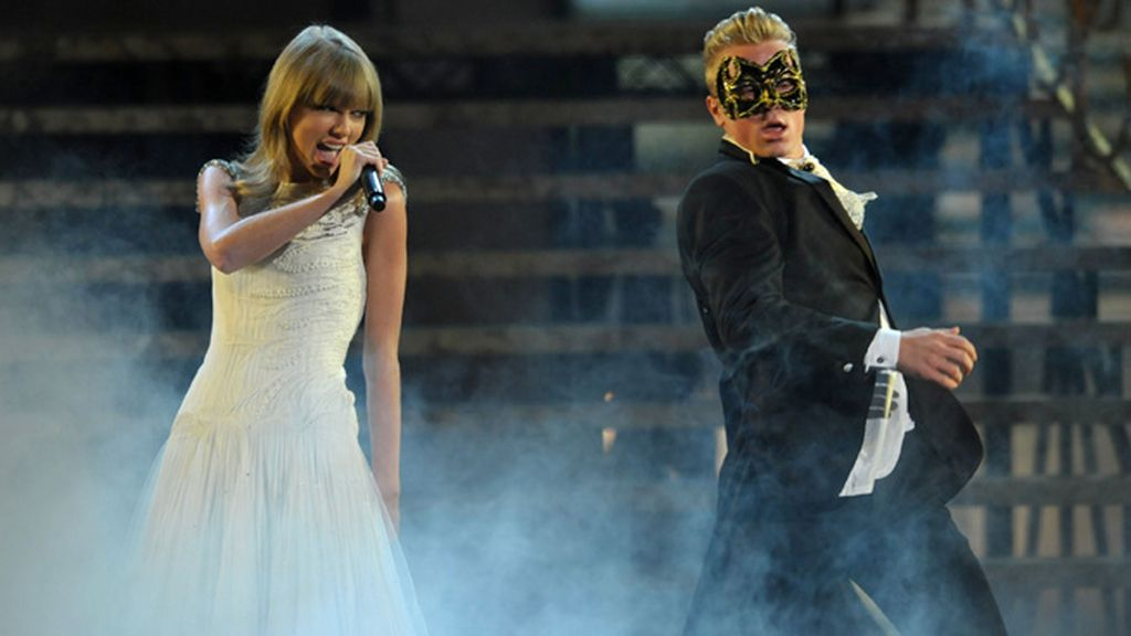 Taylor Swift ganó, por quinta vez consecutiva, el premio a mejor artista country femenina