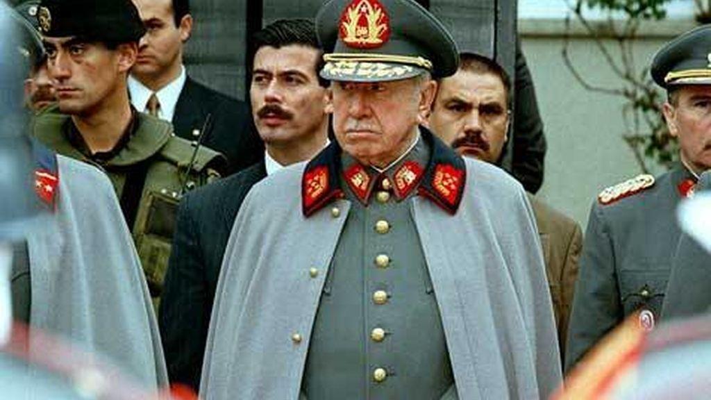La policía chilena encontró una plantación de marihuana en la parte de la hacienda donde yacen los restos de Augusto Pinochet.
