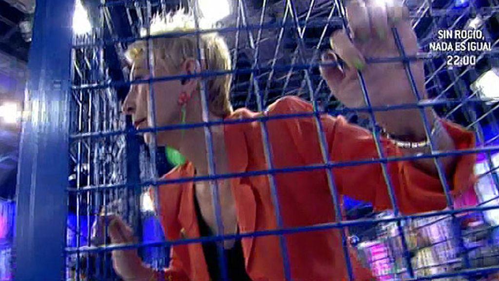 Un comentario equivocado le llevó a la jaula y el castigo desató su enfado