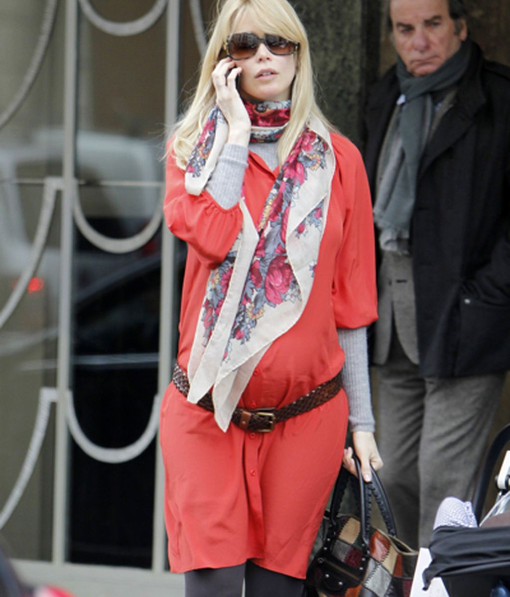 Por qué deberíamos vestir como Claudia Schiffer