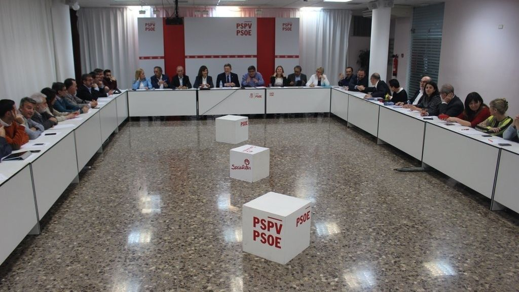 Los socialistas valencianos a favor de un acuerdo con Podemos para el Senado