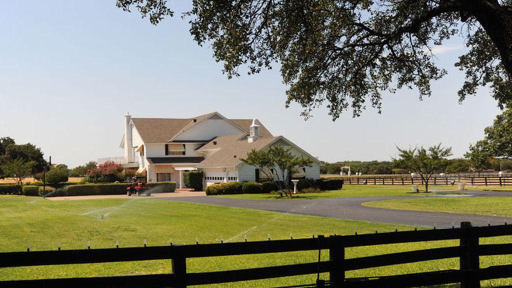 Entra a la mansión de la nueva 'Dallas'