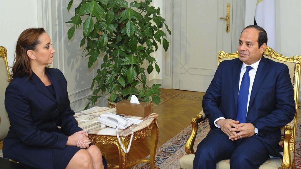 Al Sisi toma juramento al nuevo Gobierno en Egipto