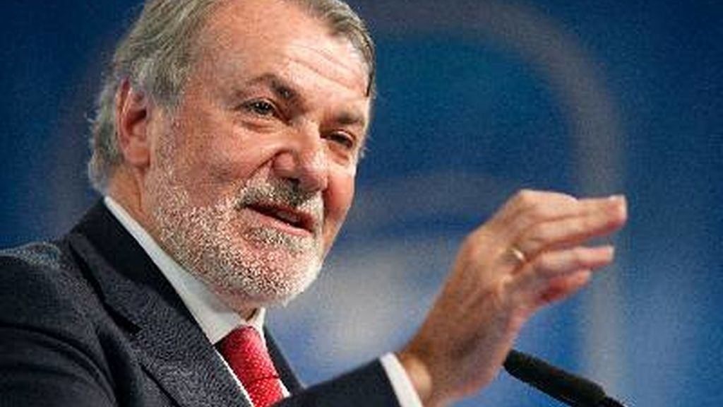 Jaime Mayor Oreja, 6.300 euros al trimestre