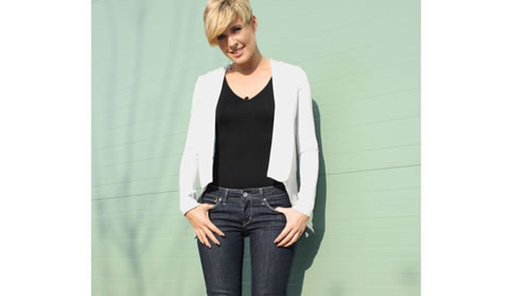 Tania Llasera y su modelito del viernes 11 de febrero