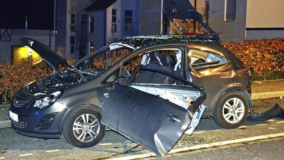 Explosión en un coche después de echarse desodorante y encender un cigarrillo