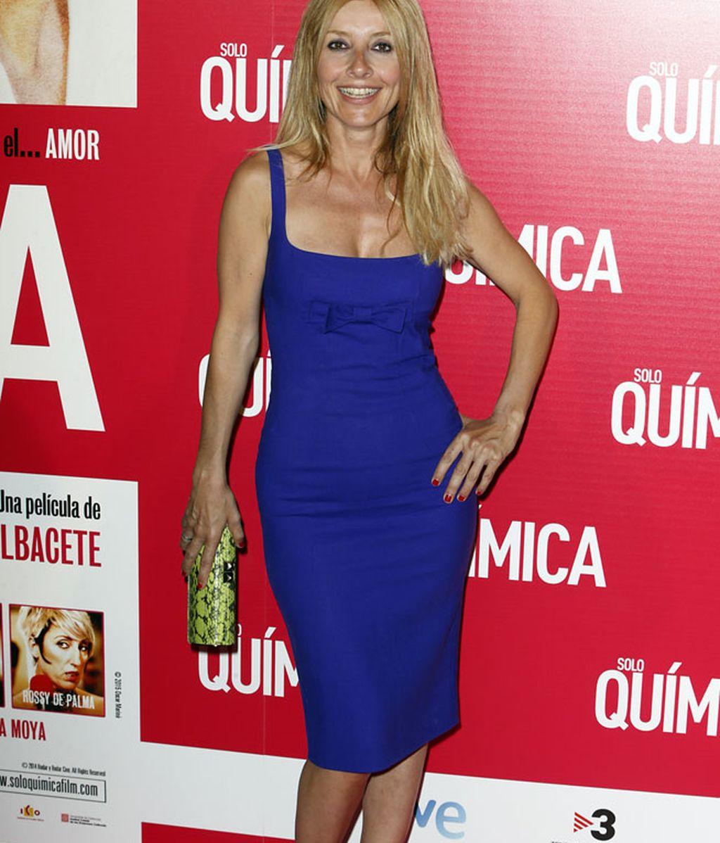 El azul eléctrico fue el color elegido por Cayetana Guillén Cuervo