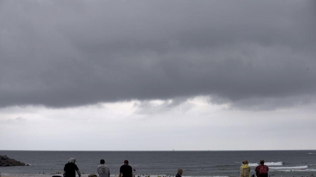 Un total de 23 provincias, en alerta por lluvia, tormentas y máximas de casi 40ºC