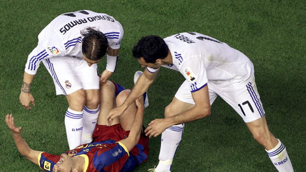 Arbeloa y Ramos tuvieron sus más y sus menos con David Villa
