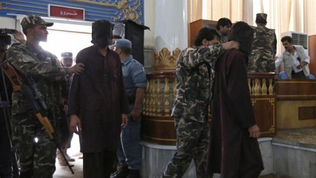 Condenados a muerte siete de los diez violadores de cuatro mujeres en Afganistán