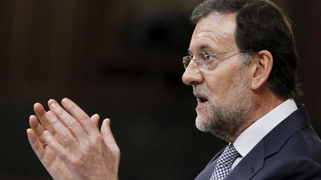 Rajoy presenta en el Congreso el paquete de medidas para recortar el déficit