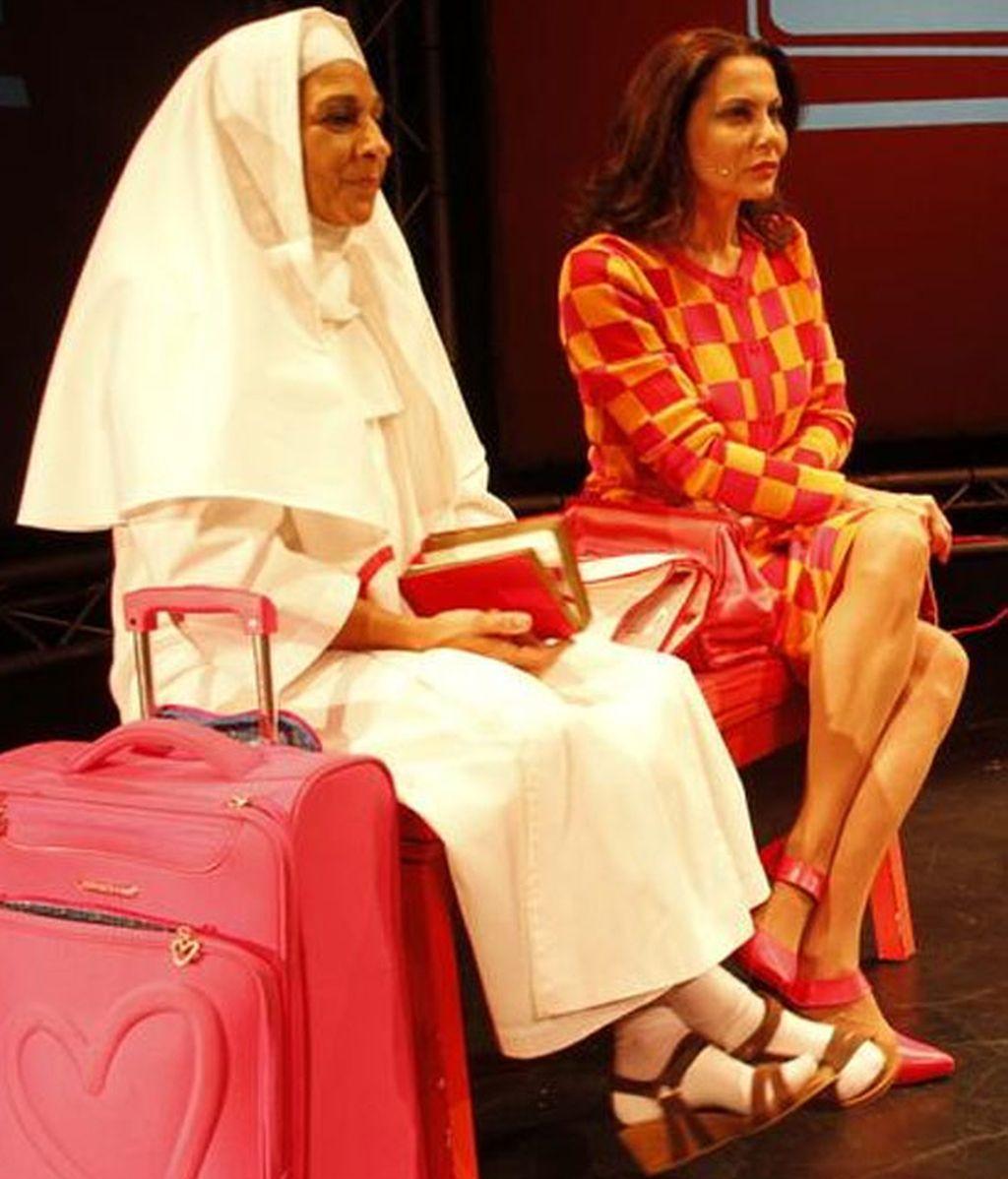 Lolita Flores junto a Fabiola Toledo en la obra