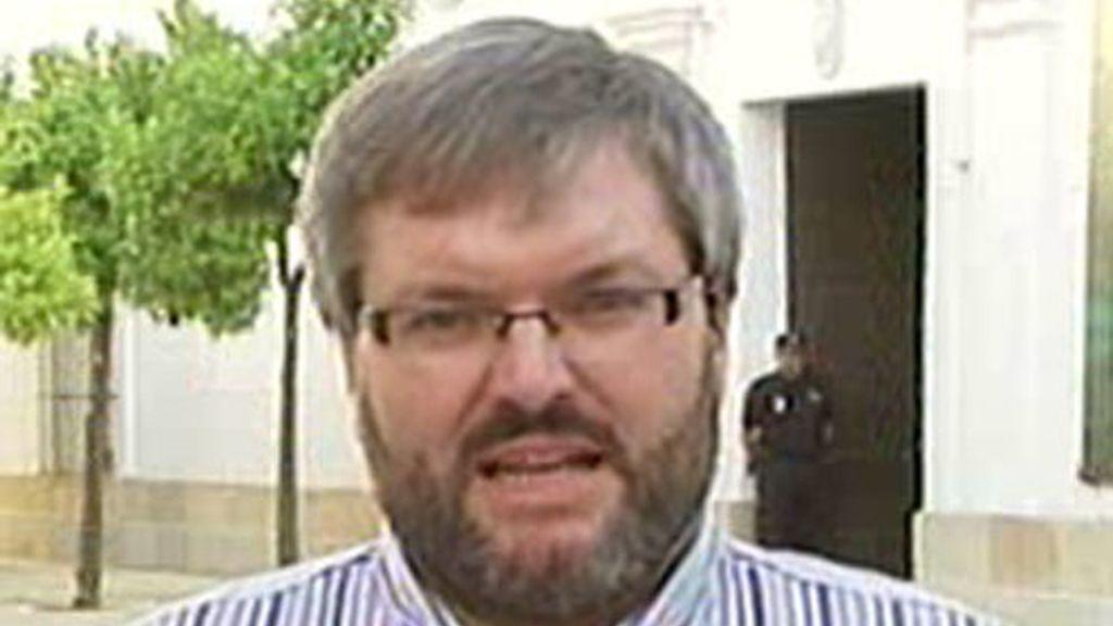 Casco ha recordado que en Extremadura quienes más han pactado han sido el PP y el PSOE.