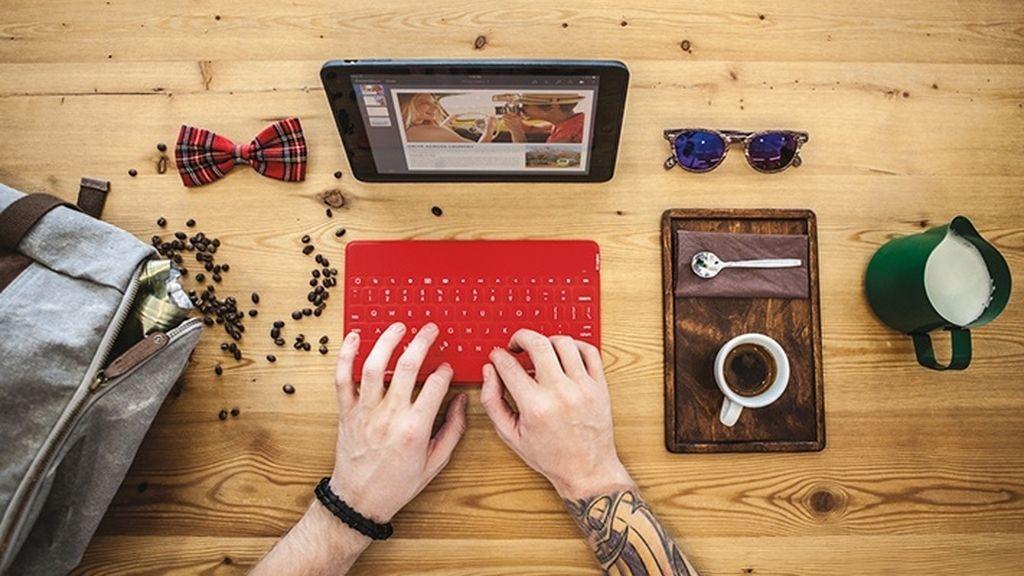 iPad Air 2,tableta de Apple,teclado de Logitech,Logitech Keys-To-Go,Logitech Type+,Logitech Ultrathin