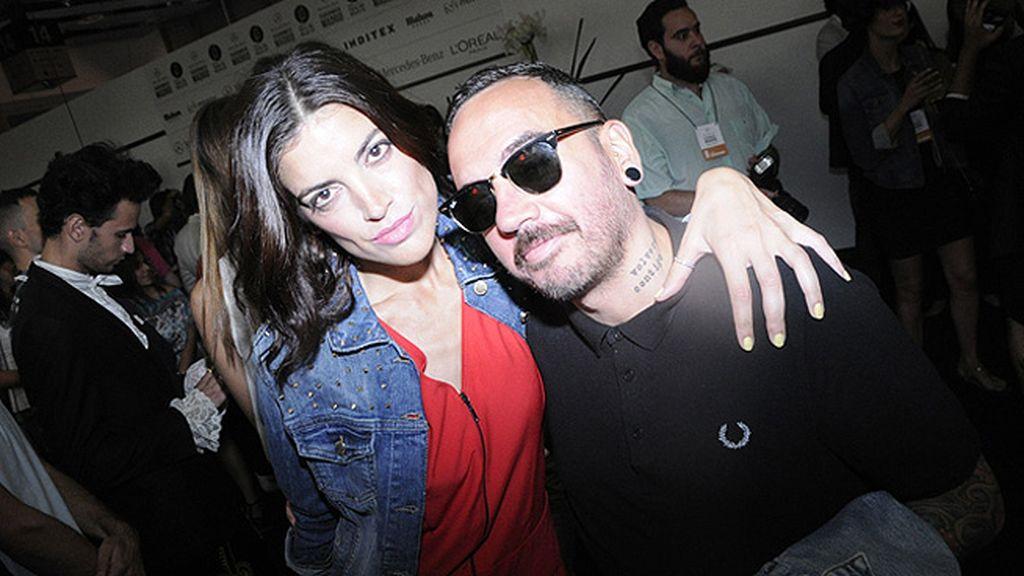 Jimena Mazzuco, blogger oficial de la MBFWM y el maquillador José Carlos González