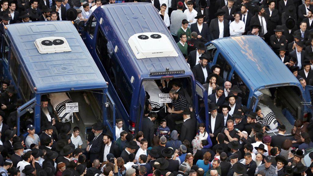 Multitudinario funeral en Jerusalén