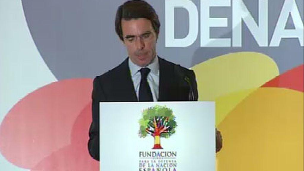 El ex presidente del Gobierno y presidente de la Fundación FAES, José María Aznar, habla del fin de ETA
