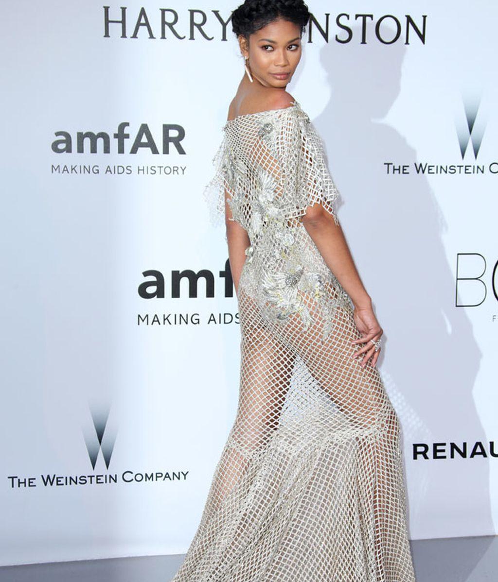 Chanel Iman con vestido calado de Marchesa