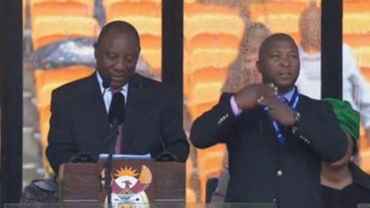 El funeral de Mandela fue traducido al lenguaje de signos por un falso intérprete