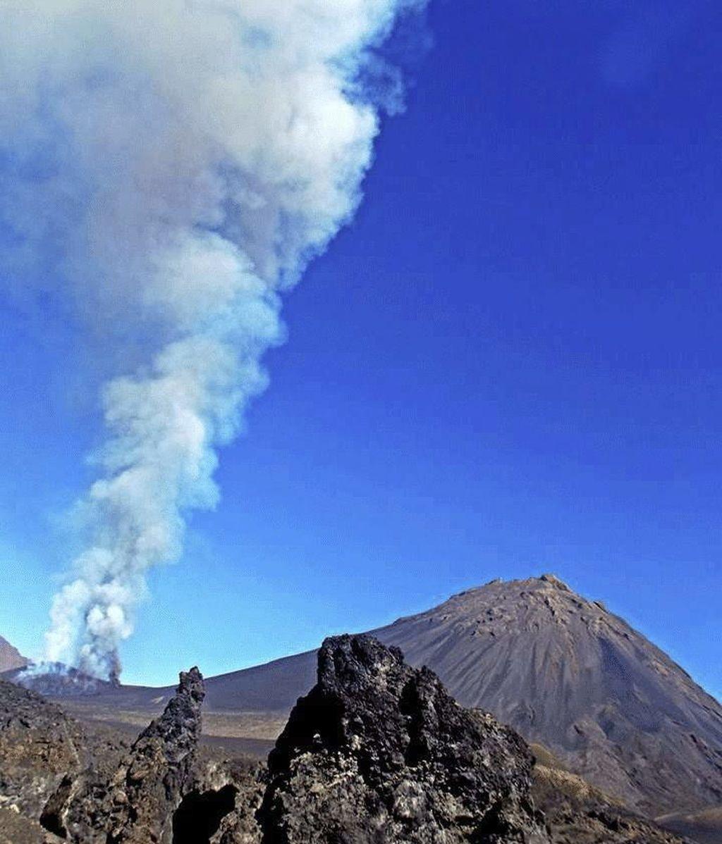 Entra en erupción el volcán Fogo, en Cabo Verde