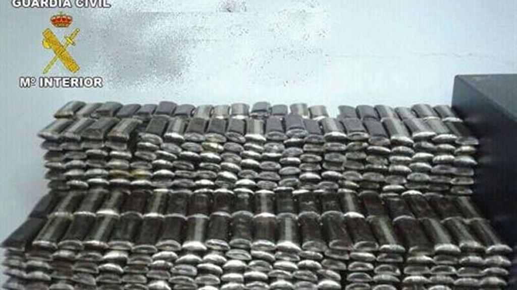 La Guardia Civil intercepta gran cantidad de hachís