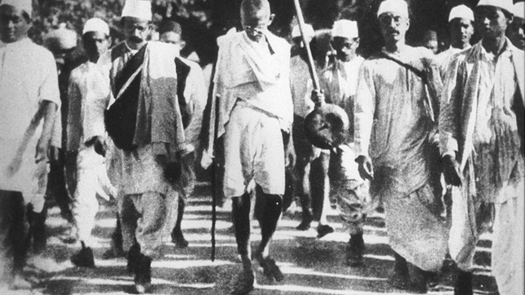 Gandhi, en la 'Marcha de la Sal'