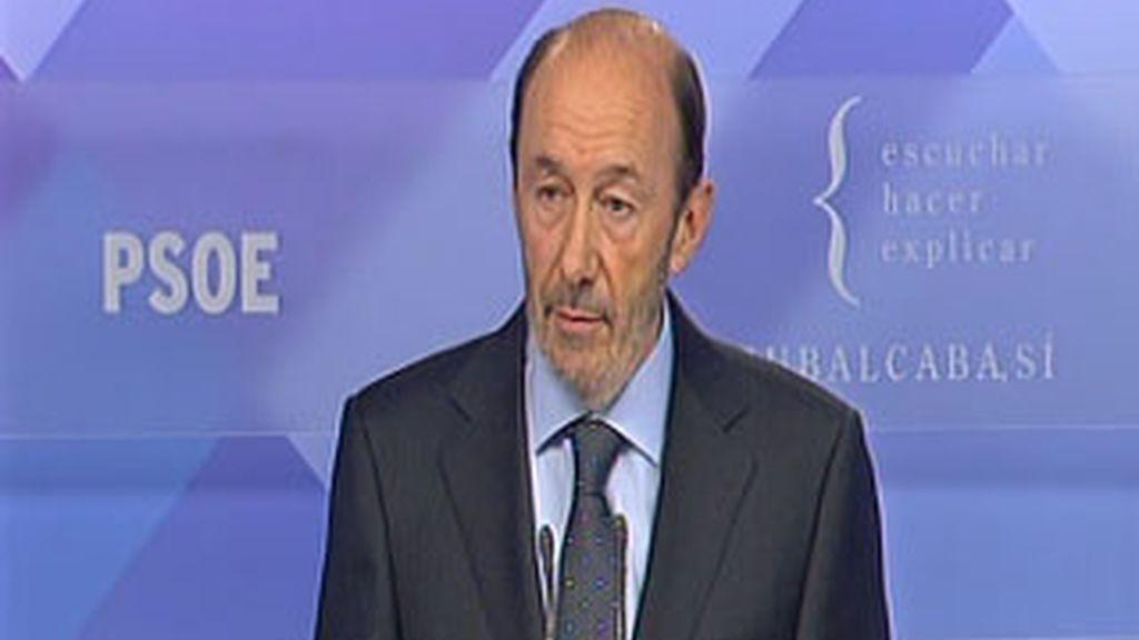 Alfredo Pérez Rubalcaba en la comparecencia para analizar el comunciado de ETA.