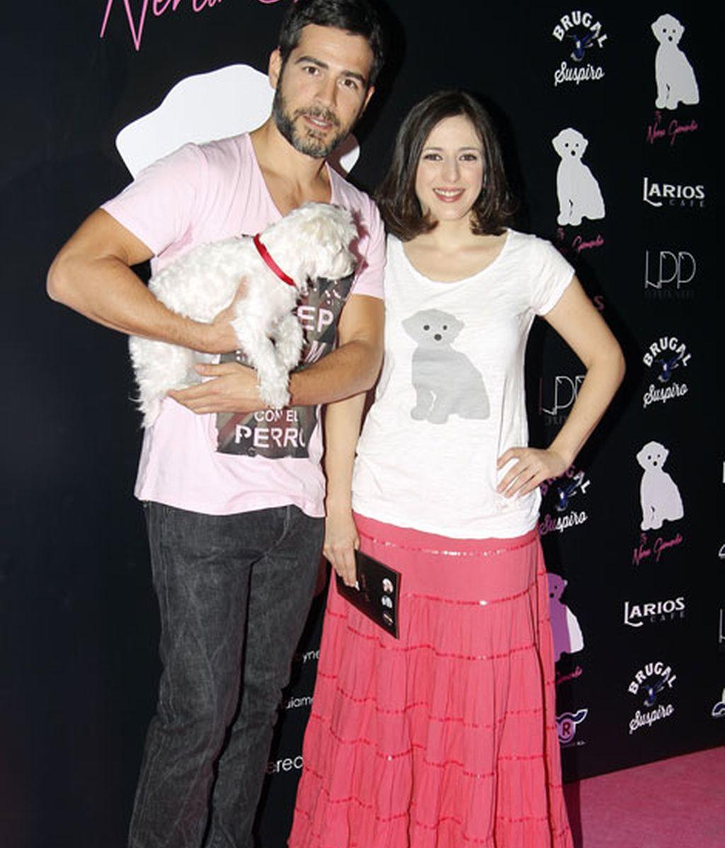 La pareja de actores Alejandro Tous y Ruth Núñez posaron con Coko