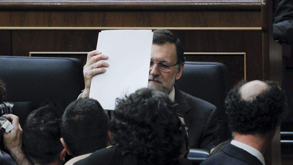 El presidente del Gobierno, Mariano Rajoy, en el debate sobre la consulta catalana en el pleno del Congreso