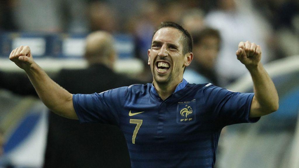 Ribery celebra su gol y tercer tanto de Francia a Bielorusia