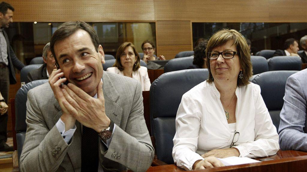 Tomás Sánchez y Maru Menéndez en la Asamblea de Madrid