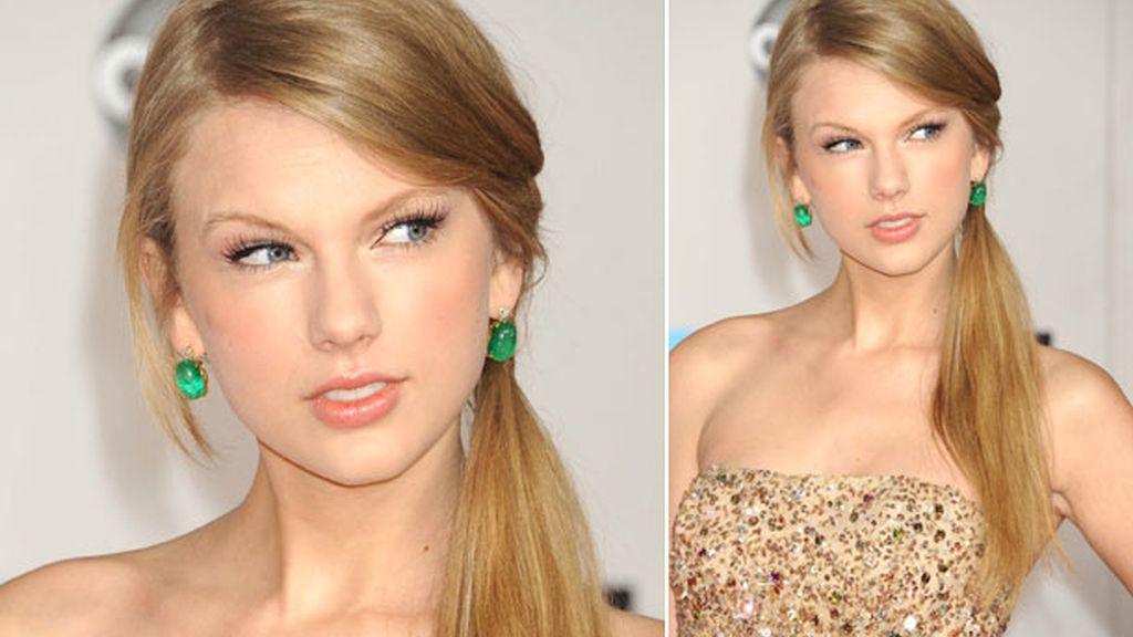 Taylor Swift es fan de la coleta baja y a un lado