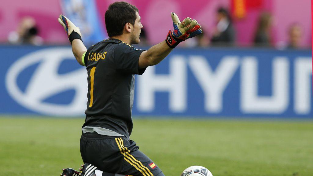 Iker Casillas reclama una mayor presión de su defensa