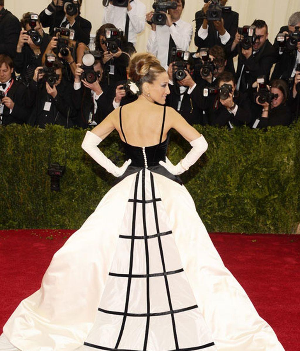 El vestido de Sarah Jessica firmado por Oscar de la Renta