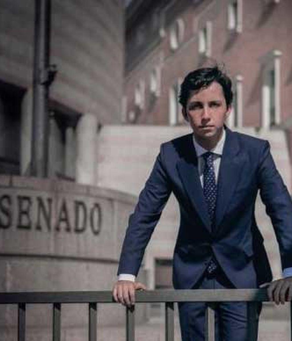 El pequeño Nicolás se presenta al Senado