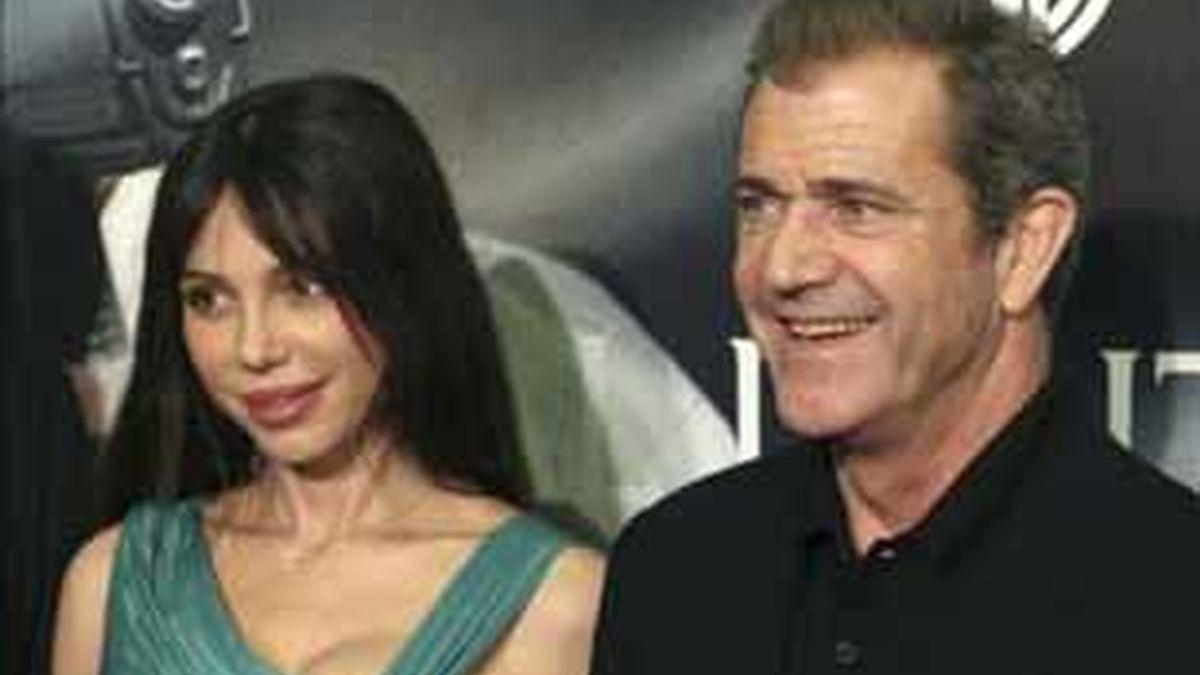 El actor Mel Gibson y la cantante y pianista rusa Oksana Grigorieva parecen haber terminado, por ahora, su relación sentimental. Foto: EFE