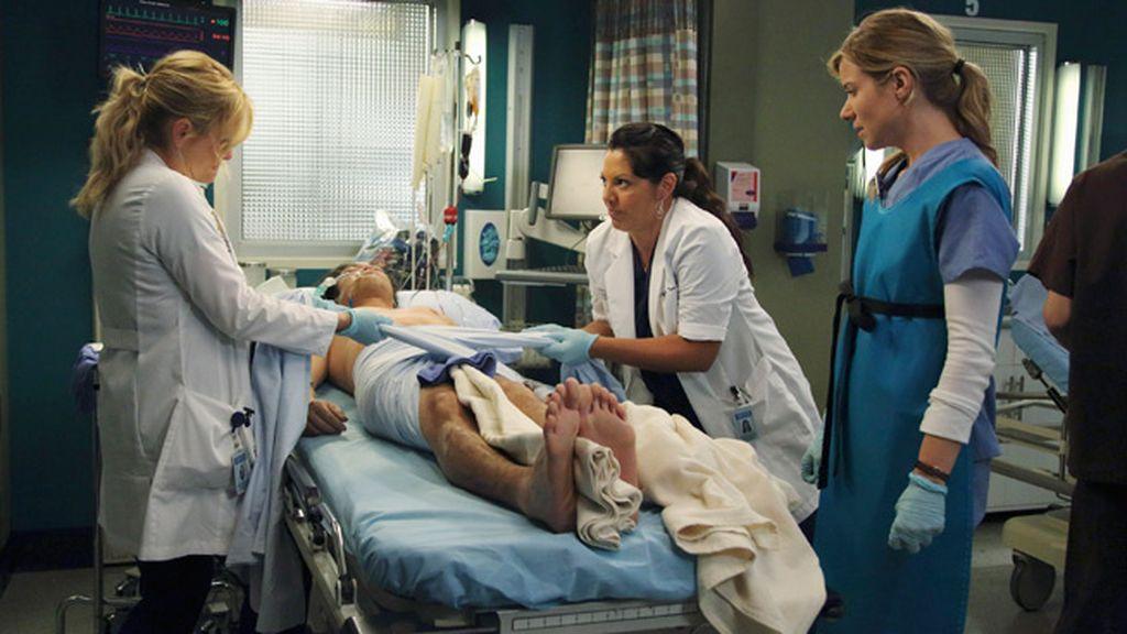 Nuevas obligaciones familiares, romances y complejos casos clínicos