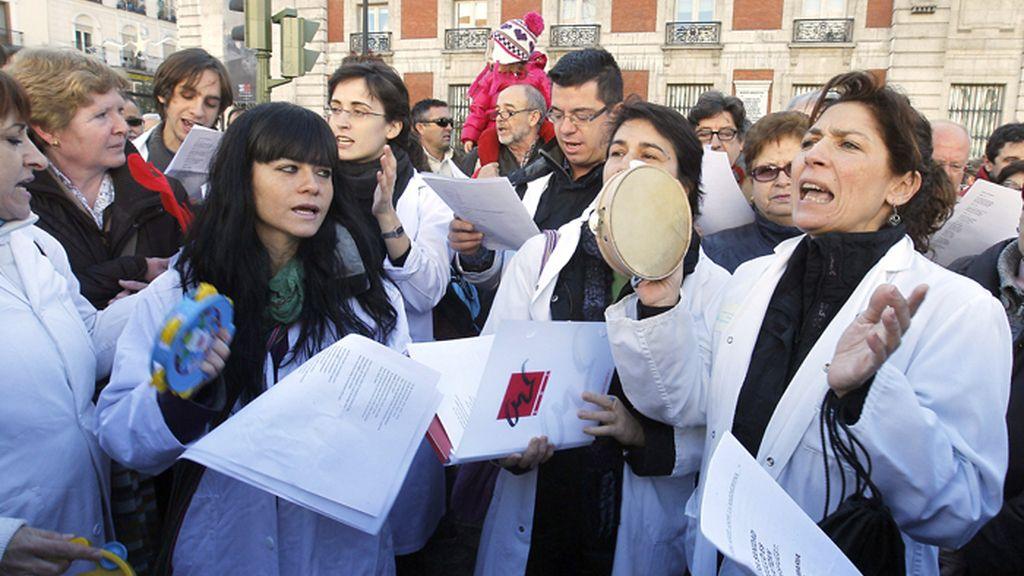 Concierto de villancicos contra la privatización de los centros de Atención Primaria