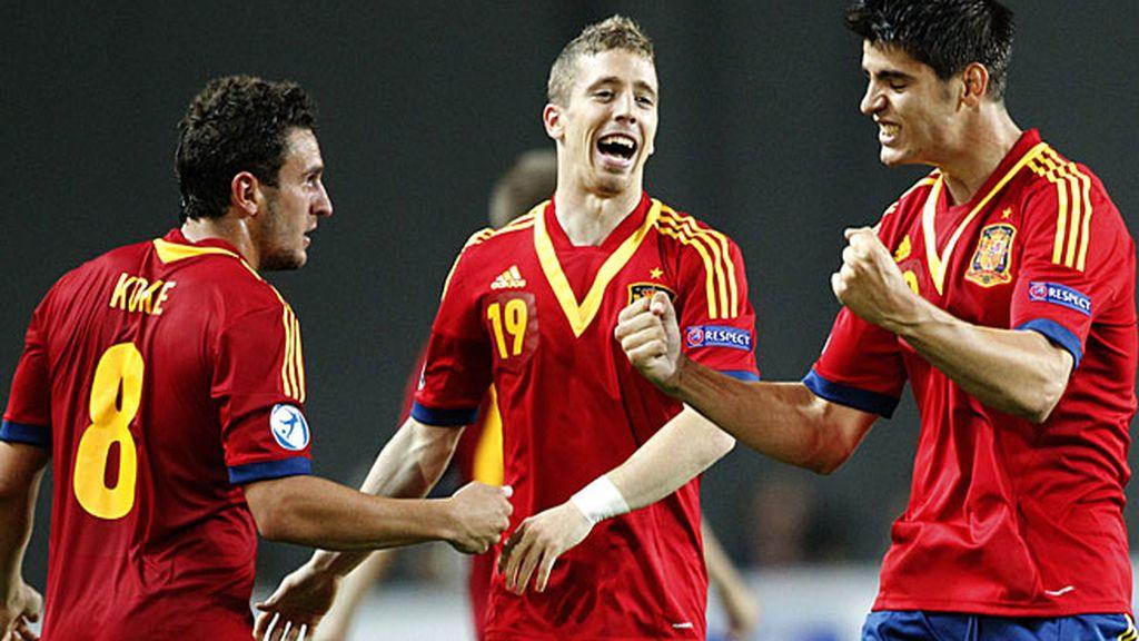 Koke, Muniain y Morata, celebrando un gol de la selección Sub-21