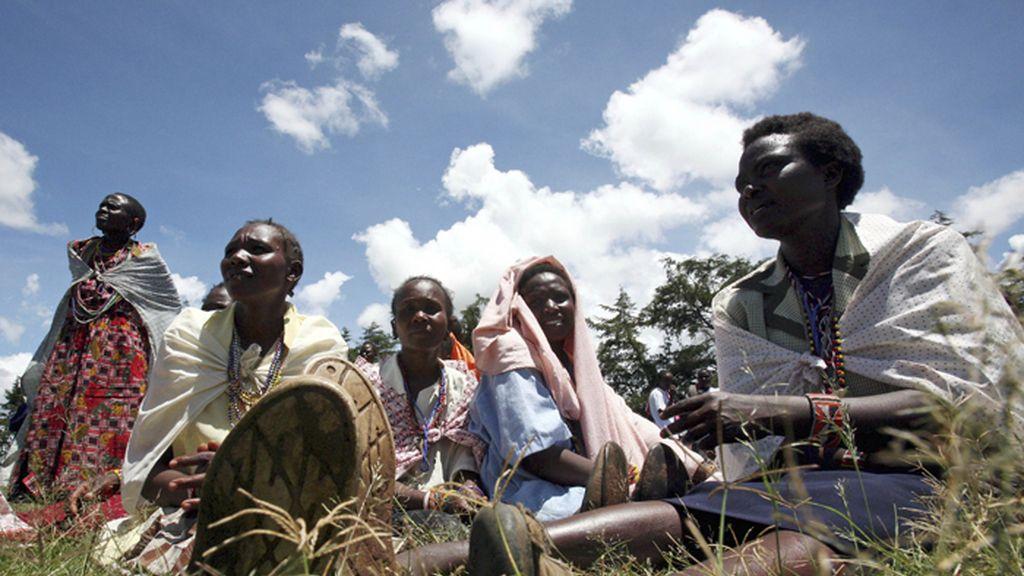 Charlas en Kenia contra la ablación femenina del clítoris