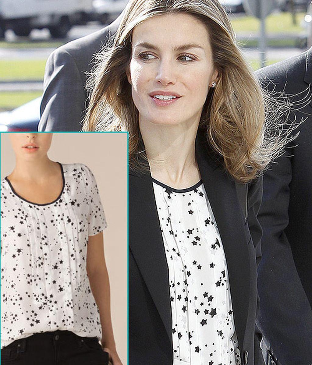 Se veía venir: Letizia Ortiz se pone una camisa con estampado de estrellas