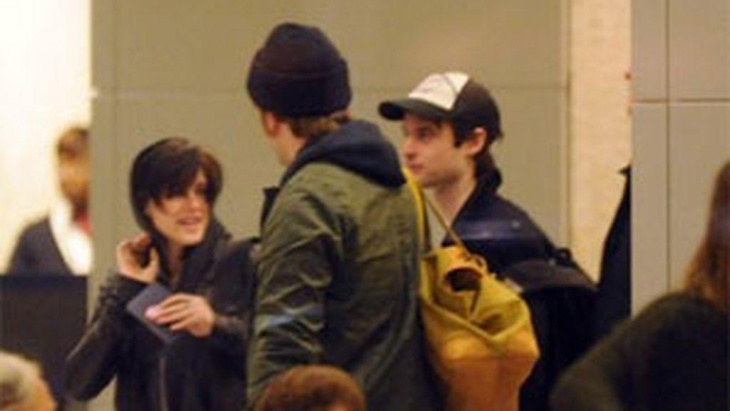 Imagen de la pareja en el aeropuerto JFK. Foto: La Voz Libre.