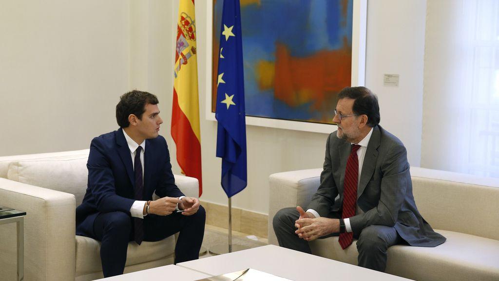 Rajoy recibe a Albert Rivera en Moncloa