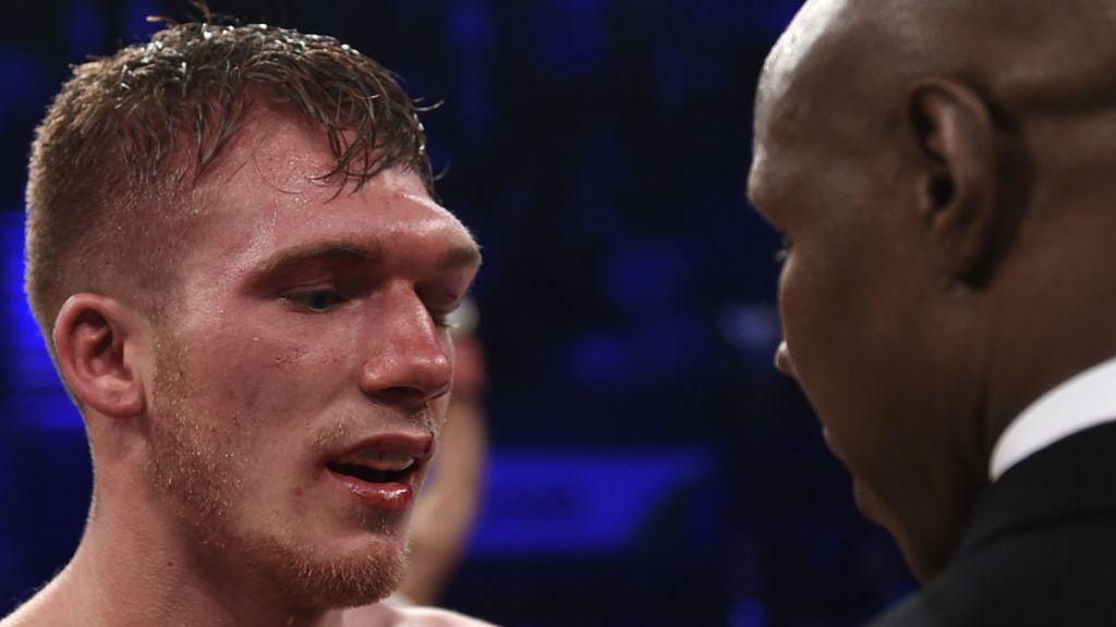 Derrota y coma inducido para el boxeador Nick Blackwell (28/03/2016)
