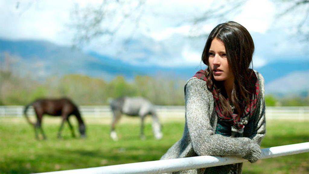 Malena Costa posa en plan rural
