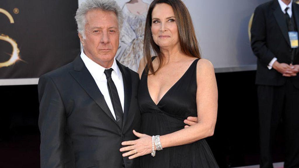 Dustin Hoffman y Lisa Gottsegen