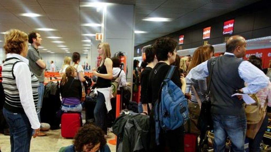 Facturación de equipajes en el aeropuerto madrileño Adolfo Suárez